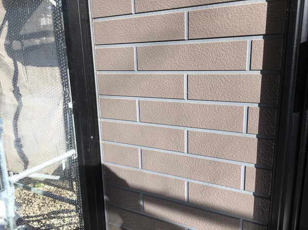 三重県伊勢市 外壁塗装 付帯部塗装 雨戸 日本ペイント ピュアライドUVプロテクトクリアー
