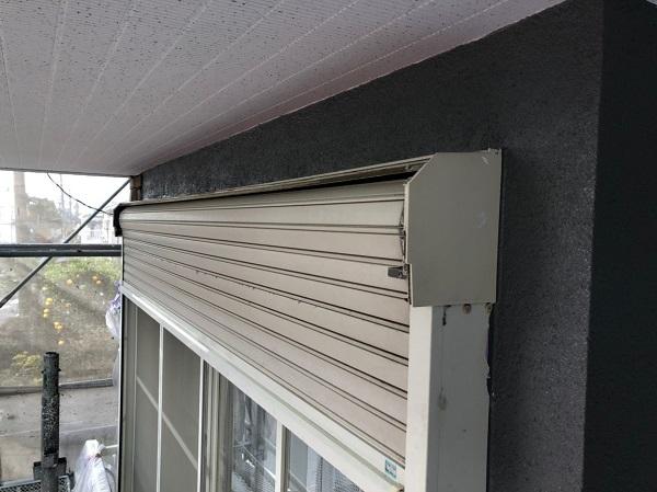 三重県伊勢市 屋根塗装 付帯部塗装 シャッターボックス 事前調査 クラック補修